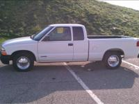 Options Included: 2 Door, Extended Cab, Bedliner, AM/FM