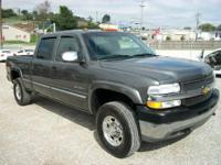 Options Included: N/A*** 2001 Chevrolet 2500 HD Crew