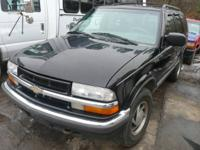 Selling in parts ONLY: 2001 Chevy Blazer Black 4.3L 4X4