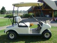 THIS IS A 2001 CLUB CAR GAS CART IN GREAT SHAPE COME