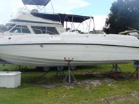 250HP Yamaha fuel injected, Bimini. Can be seen at