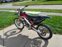 Offering a 2001 CR250R. Bike is in extremely great