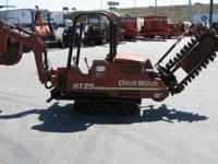 2001 Ditch Witch HT25 Trencher/Backhoe HT25