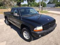 Dodge Dakota 2001*** low mileage ***4x4*** Trades Don't