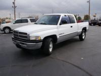 Exterior Color: bright white clearcoat, Body: Quad Cab