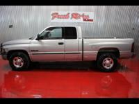 CHECK OUT THIS 2001 RAM 2500!! 2001 Dodge Ram 2500 SLT