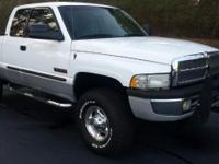 Options:  2001 Dodge Ram 2500 |This 2001 Dodge Ram 2500