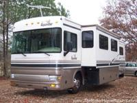 Model 39Z with slide-out. Nicely equipped coach and