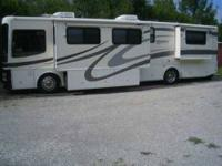 2001 Fleetwood Discovery 30M Class A This 2001