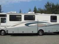 2001 Fleetwood Southwind 32V with