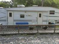 2001 Fleetwood Wilderness 5th Wheel We have a 2001