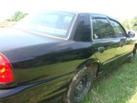 2001 Crown Victoria Body great condition, interior also
