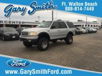 Clean CARFAX. 2001 Ford Expedition XLT 119 WB 4WD