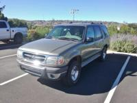 Clean CARFAX. 2001 Ford Explorer XLT 4WD 5-Speed
