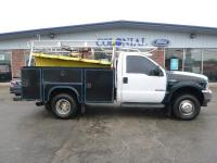 2001 Ford F-350 Regular Cab XL 4 Wheel Drive 9 Foot