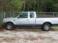 Options Included: N/AThis 2001 Ford F150 XLT extended
