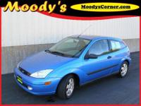 Sunroof, Alloy Wheels, Day/Night Rearview Mirror,
