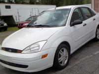 **** 2001 Ford Focus SE ***** 4 Cyl * Automatic * A/C *