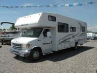 2001 Ford Motorhome Coachmen 290 Class C - Must