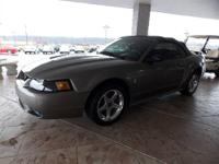 SVT Cobra! Convertible! Cd player, Cruise control,