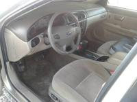 YEAR MAKE & MODEL: 2001 FORD TAURUS SEL SEDAN 4 DOOR