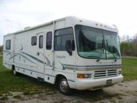 2001 Forest River Georgetown Class A This 32 foot RV