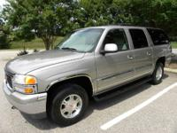 2001 GMC Yukon XL SLT 4x4 w/ Leather & & Power Moonroof