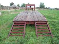 2001 Gooseneck Trailer. 24ft in length, Duel Axle,