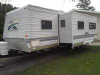 2001 Gulf Stream Innsbruck Fifth Wheel Series M-26FRCB.