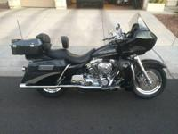 2001 Harley Davidson FLTRSEI2 Screamin' Eagle Road