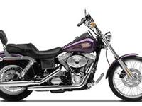The Twin Cam 88. Motorbikes Dyna. Loads of chrome. the