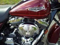 2001 Harley Davidson in Excellent Condition- - Burgundy