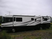 For Sale: 40 ft. Diesel 12,700 mi. Onan diesel gen 7500