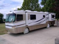 2001 Holiday Rambler Endeavor M40PBD Class A. Original