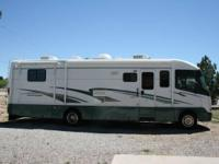 2001 Holiday Rambler Vacationer. Low mileage (46340)
