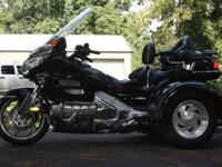2001 HONDA GOLDWING TRIKE, 1800, VERY NICE CONDITION,