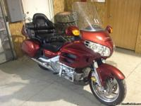 2001 Illusion Red Honda Goldwing w/ABS and all the