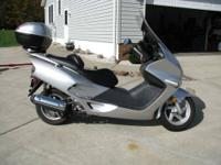 2001 Honda scooter. Everything works great. Fun and