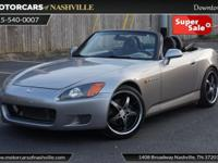 This 2001 Honda S2000 2dr 2dr Convertible features a