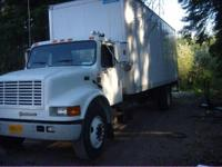 2001 International 4900. 2001 International 4900 Box