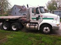2001 International 9100i. This 2001 International 9100i