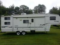 2001 Keystone Cougar 30' 5th Wheel CamperNo
