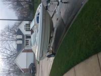 2001 Larson 180 sei bowrider. 18 ft. Great shape. Title