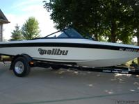 2001 Malibu Skier closed bow immaculate conditions.