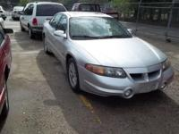Options Included: N/AThis 2001 Pontiac Bonneville is