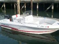 Easy to handle, ready for fun. This 2001 proline 17 ft