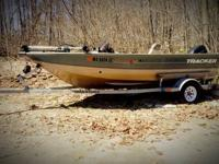 "2001 ProV16 Tracker bass boat, 86"" beam. 40 HP 4 stroke"