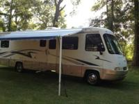 2001 R-Vision Condor Class A This lovely 33 foot RV is