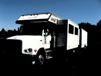 2001 RENEGADE 30 TLQ MOTOR HOME & 2003 26 STACKER