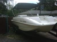 Description 2001Rinker Flotilla Tri-Hull Fiberglass